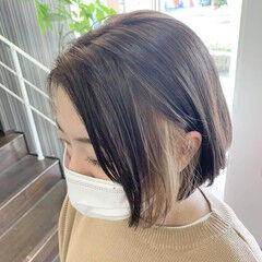 ミルクティーベージュ ミルクティカラー イヤリングカラー イヤリングカラーベージュ ヘアスタイルや髪型の写真・画像