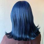 ツヤ髪 ネイビーブルー ブリーチ ブルーアッシュ