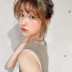 簡単ヘアアレンジ ヘアアレンジ シニヨン ミディアム ヘアスタイルや髪型の写真・画像