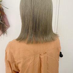 ベージュ ナチュラル 切りっぱなしボブ 透け感ヘア ヘアスタイルや髪型の写真・画像