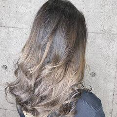 セミロング エレガント アディクシーカラー 透明感カラー ヘアスタイルや髪型の写真・画像