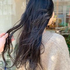 グレージュ ナチュラル ホワイトハイライト ハイライト ヘアスタイルや髪型の写真・画像
