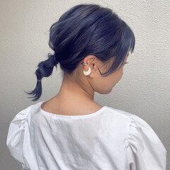 ネイビーカラー ミルクティーベージュ ミディアム フェミニン ヘアスタイルや髪型の写真・画像