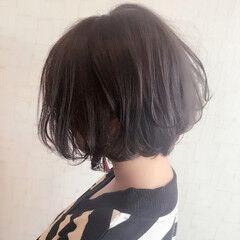 アンニュイ 抜け感 ゆるふわ ショート ヘアスタイルや髪型の写真・画像