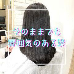 ストレート ナチュラル 縮毛矯正 グレージュ ヘアスタイルや髪型の写真・画像