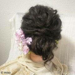 フェミニン セミロング ブライダル 結婚式 ヘアスタイルや髪型の写真・画像