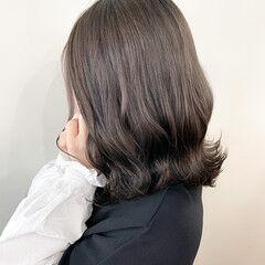 グレーアッシュ ミニボブ ナチュラル ミルクティーグレージュ ヘアスタイルや髪型の写真・画像