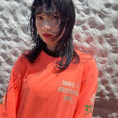ウルフカット ウルフパーマヘア 無造作パーマ ミディアム ヘアスタイルや髪型の写真・画像