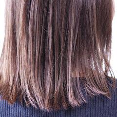 青紫 ナチュラル セミロング ラベンダーカラー ヘアスタイルや髪型の写真・画像