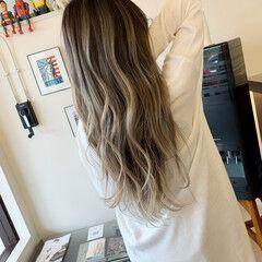 エアータッチ インナーカラー 透明感カラー ミルクティー ヘアスタイルや髪型の写真・画像