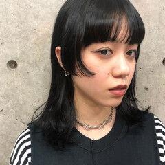 ミディアム マッシュウルフ ナチュラルウルフ 姫カット ヘアスタイルや髪型の写真・画像