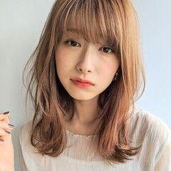ミディアム フェミニン インナーカラー ゆるふわ ヘアスタイルや髪型の写真・画像