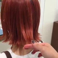 オレンジ ミニボブ 切りっぱなしボブ アプリコットオレンジ ヘアスタイルや髪型の写真・画像