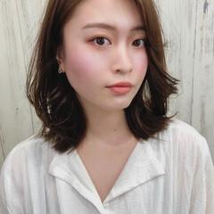 モテ髪 ミディアムレイヤー トレンド ナチュラル ヘアスタイルや髪型の写真・画像