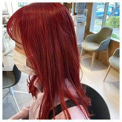 前髪あり ピンクカラー ハイトーンカラー ロング ヘアスタイルや髪型の写真・画像