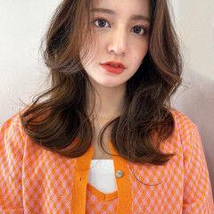 韓国ヘア レイヤーカット 韓国風ヘアー ミディアムレイヤー ヘアスタイルや髪型の写真・画像