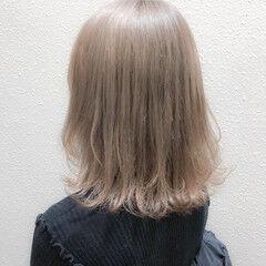 ミルクティーアッシュ ミルクティー ミルクティーグレージュ ガーリー ヘアスタイルや髪型の写真・画像