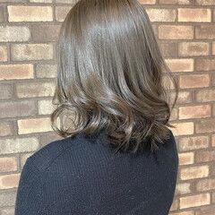 アッシュベージュ 透明感 スロウ アッシュグレージュ ヘアスタイルや髪型の写真・画像