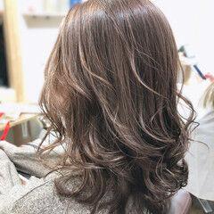 大人ハイライト ブリーチオンカラー ハイライト 3Dハイライト ヘアスタイルや髪型の写真・画像