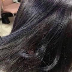 ラベンダーグレージュ シルバーグレージュ インナーカラー ミディアム ヘアスタイルや髪型の写真・画像