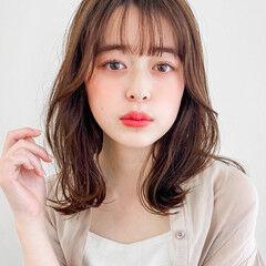 フェミニン 簡単ヘアアレンジ 韓国風ヘアー シースルーバング ヘアスタイルや髪型の写真・画像