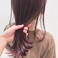 カシスカラー 暖色 透明感カラー カシスレッド ヘアスタイルや髪型の写真・画像