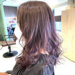 バイオレット 暗髪バイオレット ミディアム ナチュラル ヘアスタイルや髪型の写真・画像