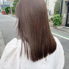 ミディアム ミルクティーグレージュ オリーブグレージュ イルミナカラー ヘアスタイルや髪型の写真・画像