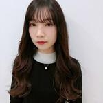 ロング 韓国風ヘアー シースルーバング 大人ヘアスタイル