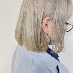 ショートヘア ボブ ブリーチ必須 ブロンドカラー ヘアスタイルや髪型の写真・画像