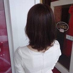 ナチュラル ラベンダーピンク ミディアム ゆるふわパーマ ヘアスタイルや髪型の写真・画像