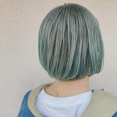 ミント ボブ ショートボブ ストリート ヘアスタイルや髪型の写真・画像