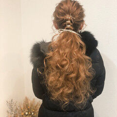 ヘアアレンジ フェミニン ローポニー ロング ヘアスタイルや髪型の写真・画像