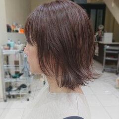 流し前髪 切りっぱなしボブ ボブ 外はね ヘアスタイルや髪型の写真・画像