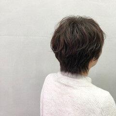 ゆるふわパーマ ショートボブ 毛先パーマ ナチュラル ヘアスタイルや髪型の写真・画像