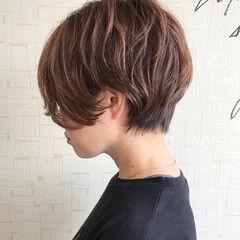 ショートボブ かっこいい ショート ナチュラル ヘアスタイルや髪型の写真・画像