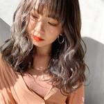 簡単ヘアアレンジ アンニュイほつれヘア ゆるウェーブ 透明感カラー
