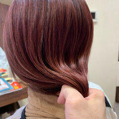 ブリーチ コーラルピンク ピンクブラウン ガーリー ヘアスタイルや髪型の写真・画像