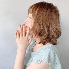大人ミディアム ミディアム アンニュイほつれヘア フェミニン ヘアスタイルや髪型の写真・画像