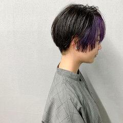 インナーカラー マッシュショート ストリート バイオレットカラー ヘアスタイルや髪型の写真・画像