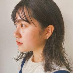 シースルーバング ナチュラル 暗髪女子 秋冬スタイル ヘアスタイルや髪型の写真・画像