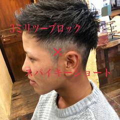 ショート メンズカット ツーブロック 黒髪ショート ヘアスタイルや髪型の写真・画像