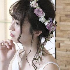 結婚式ヘアアレンジ ミディアム ガーリー ブライダル ヘアスタイルや髪型の写真・画像