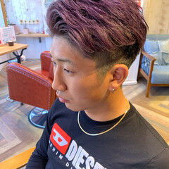 ブリーチ ラベンダーアッシュ パープルカラー ストリート ヘアスタイルや髪型の写真・画像