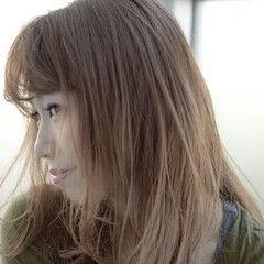 ハイライト セミロング ナチュラル 大人かわいい ヘアスタイルや髪型の写真・画像