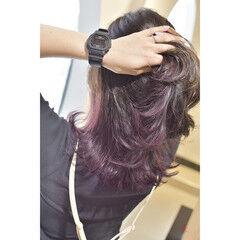 イヤリングカラー ガーリー インナーカラー インナーカラーパープル ヘアスタイルや髪型の写真・画像