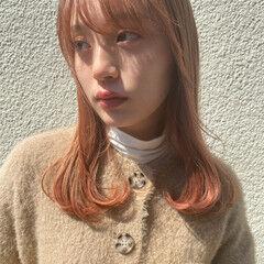 ベージュ ガーリー ナチュラルベージュ セミロング ヘアスタイルや髪型の写真・画像