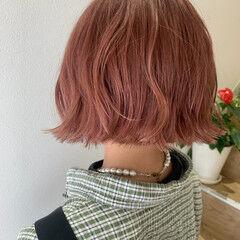 ミニボブ ピンクベージュ ガーリー アプリコット ヘアスタイルや髪型の写真・画像