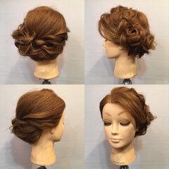 ディズニー 裏編み込み ヘアアレンジ フェミニン ヘアスタイルや髪型の写真・画像