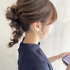セミロング ナチュラル 結婚式アレンジ 編みおろしヘア ヘアスタイルや髪型の写真・画像